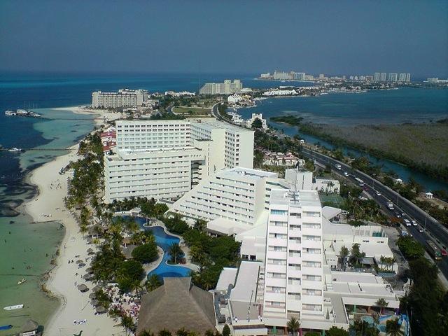 wpid-800px-cancun001-2014-03-19-23-30.jpg
